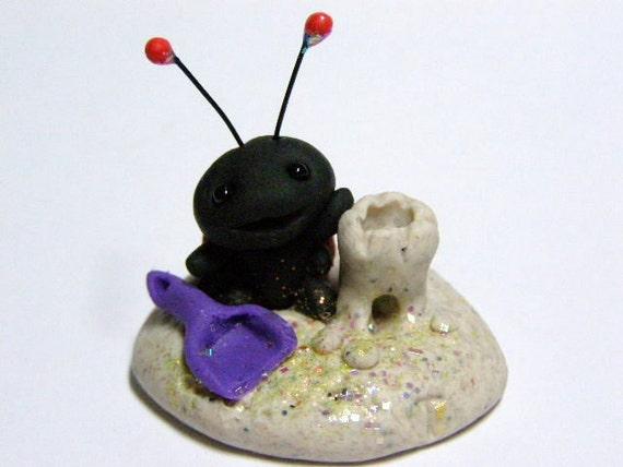 "OOAK Ladybug ""Pheebee"" making a sandcastle by Amber Matthies"