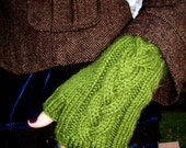 Braided Cable Fingerless Gloves - Moss Green