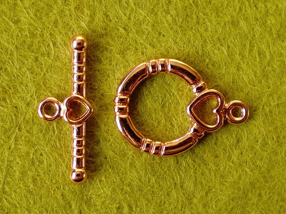 Shiny Copper Bar And Ring Toggle Clasp With Heart Detail