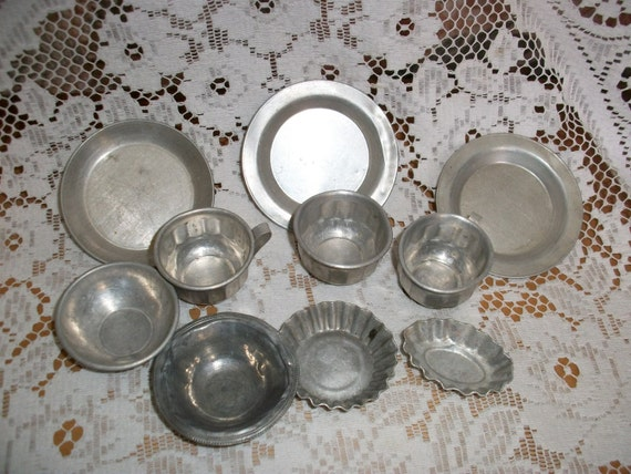 Vintage French Doll's Cookery set 10 pcs