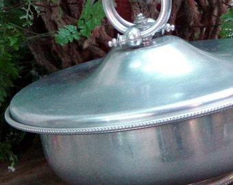 Hammered Aluminum Buehner-Wanner Co. Covered Casserole Serving  Dish Vintage Organizer