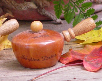 Wood Pots Salt  & Pepper Set Skyline Drive Virginia Classic Sixties Vintage Tourist-ware Kitsch