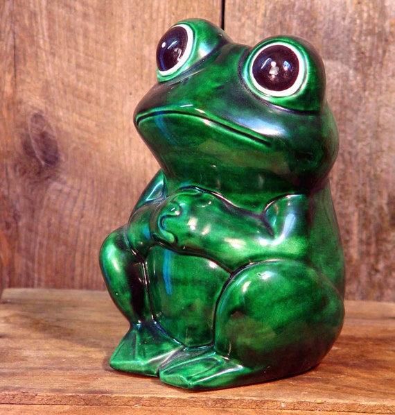 Ceramic Garden Frog 1970s Retro Classic Lawn Decor
