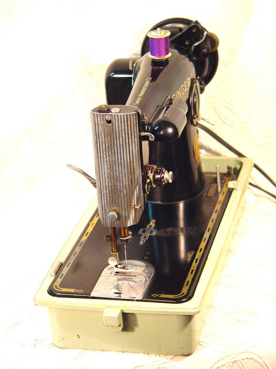 1948 Singer Sewing Machine Model 201 - The Badger Fully Restored And Gorgeous With Lots of Attatchments