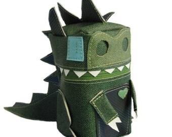 Dragon Robot Pouch