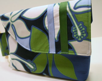 Hawaiian Clutch Purse, Wristlet Bag, Fabric Clutch Wristlet Bag, Tricia Bag