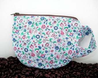 Coffee Cup Pouch - Tea Cup Pouch - Vintage Fabric - Coffee Lover stocking stuffer - gift card holder - zipper pouch