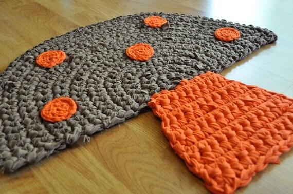 EKRA Brown and Orange Mushroom Crochet Upcycled Area Throw Rug