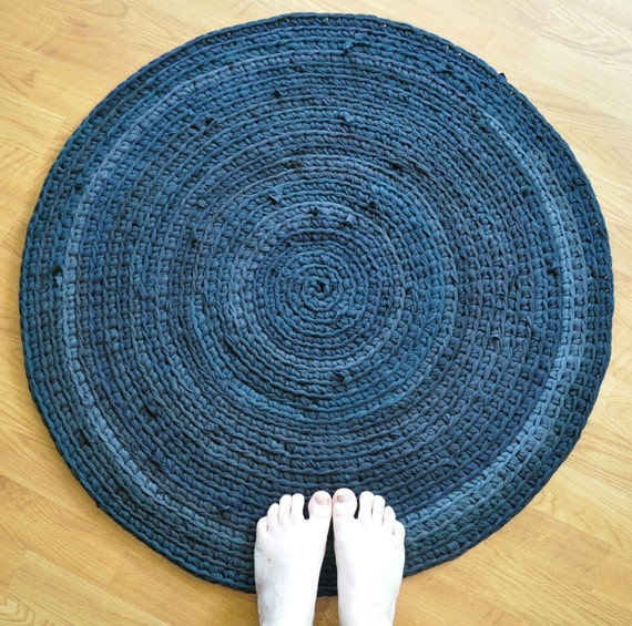T Shirt Rug Crochet Round Recycled Upcycled By EKRA