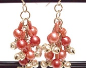 S A L E - BIG GIRLS DON'T CRY - Vintage Pink Faux Pearl Cluster Earrings