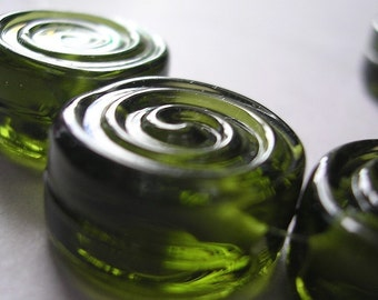 Handmade Beads Green Glass Lampwork Ericabeads Olive Green Spiral Tabs (6)