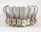 Pearl Earrings : Simplicity