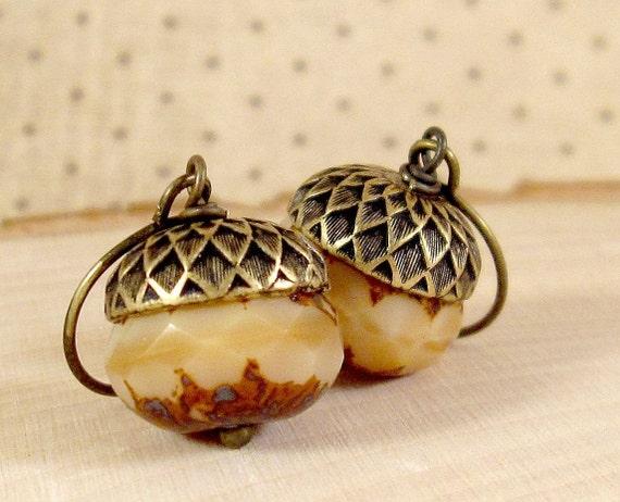 Acorn Earrings : Antiqued Brass