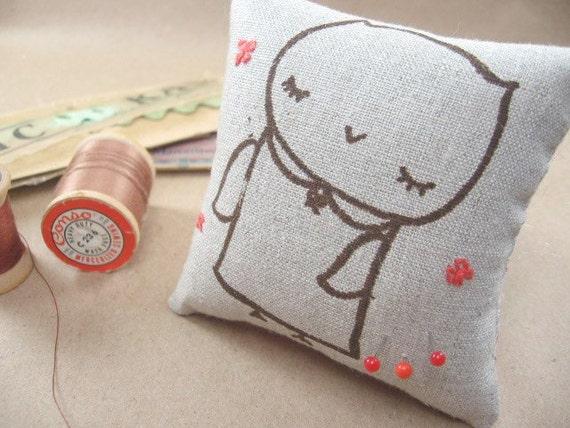 Miss Owl Linen Pin Cushion