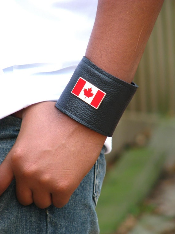 Leather Wrist Wallet Cuff  for Women and Men -- O Canada Wristband with Secret Pocket -- Black