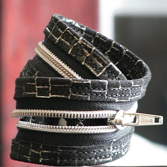 Rochelle Dual Purpose Leather Wrist Cuff Choker -- Black and Silver Suede