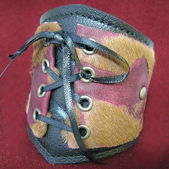 Leather Corset Wrist Wallet Cuff with Secret Pocket --- Diva Edition Wristband --- Burgundy, Pink, Brown and Black