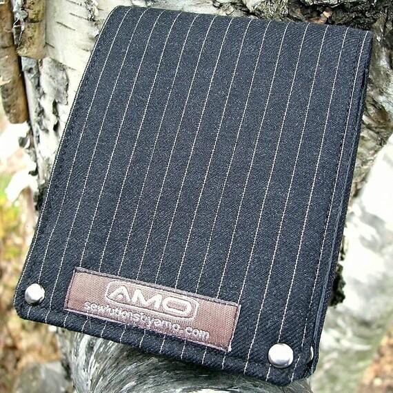 Men's Leather Billfold Wallet - Metro Man Bifold --- American Gangster - Black Wool