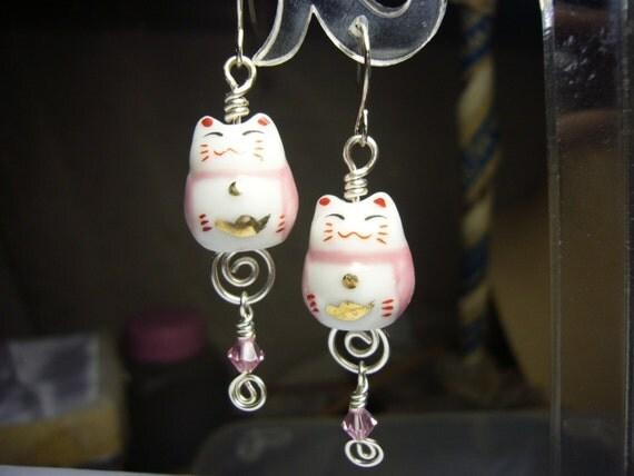 Pink Maneki Neko Cat earrings id1190541