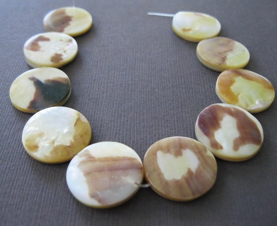 Mother of Pearl Tiger Shell Cream and Tan Disk Beads