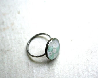 pond green cocktail resin ring