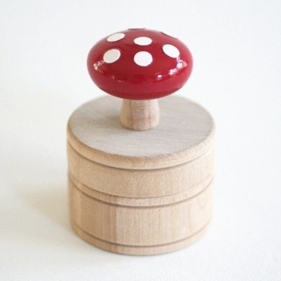 The Toadstool Trinket Box