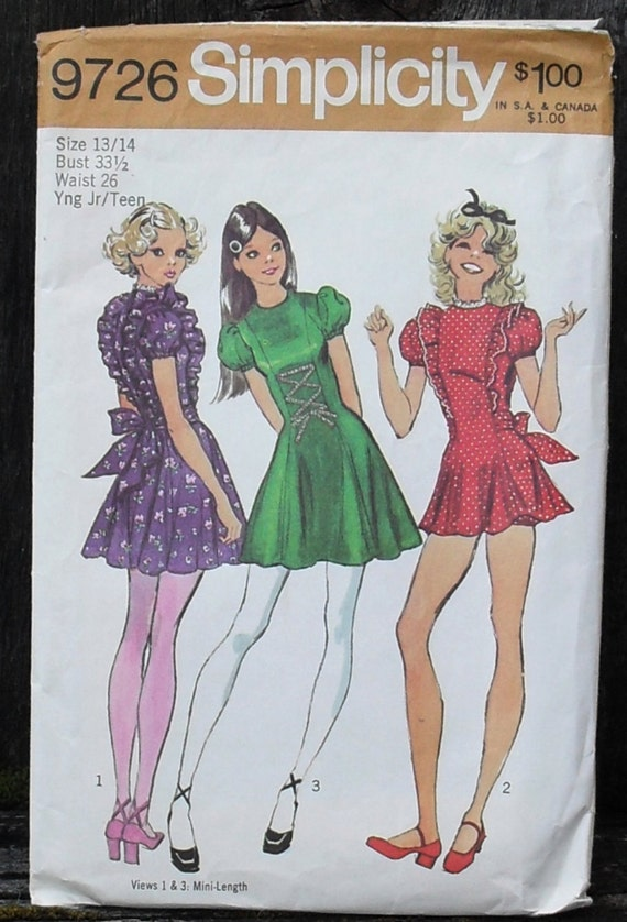 Vintage 1970s MICRO Mini Dress and Bloomers Pattern / Simplicity 9726