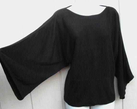 Vintage 1980s DOLMAN wide sleeve sweater size Med to Lge