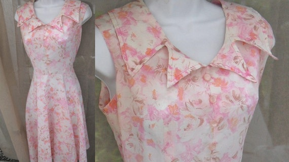 vintage 60s Dress late 4 notched, point collar 50s day dress with pink orange and brown floral print sz Sml