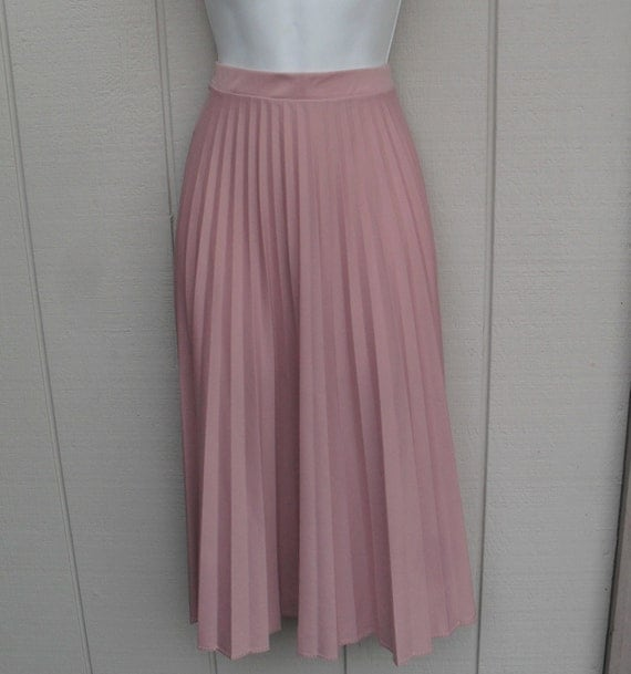 70s vintage Dusty Pink pleated secretary skirt 27 inch waist / Med