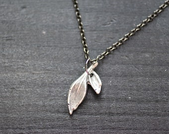 leaves necklace - sterling silver leaf necklace - tiny leaf necklace - small leaves necklace - leaf jewelry - dainty leaves necklace