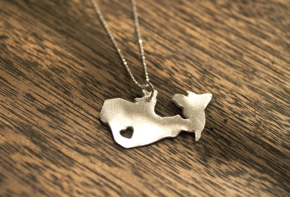 i heart Canada Necklace - Silver - Canada Country Necklace Canada Pride Canada Jewelry Canada Map Jewelry I Love Canada Shaped Necklace