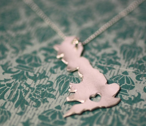 i heart the United Kingdom Necklace Silver United Kingdom Necklace Custom Heart UK Necklace I Love England Necklace Great Britain Necklace