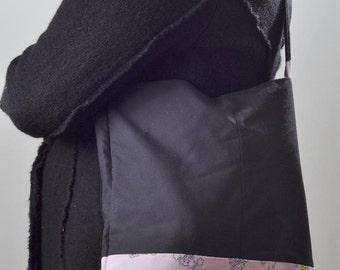 Thumb print bag