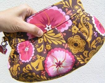 Janbag Wristlet, pleated, pink, pocket, travel, wedding,cosmetic bag, sale - Golden Fortune