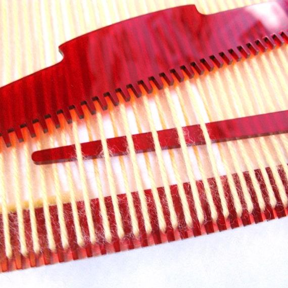 Weaving Loom in Red, Learn to Weave, Simple Frame Loom