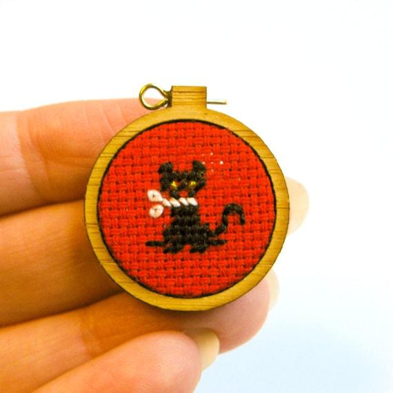 Miniature Needlepoint, Embroidery Hoop, Petit Point, Black Kitten