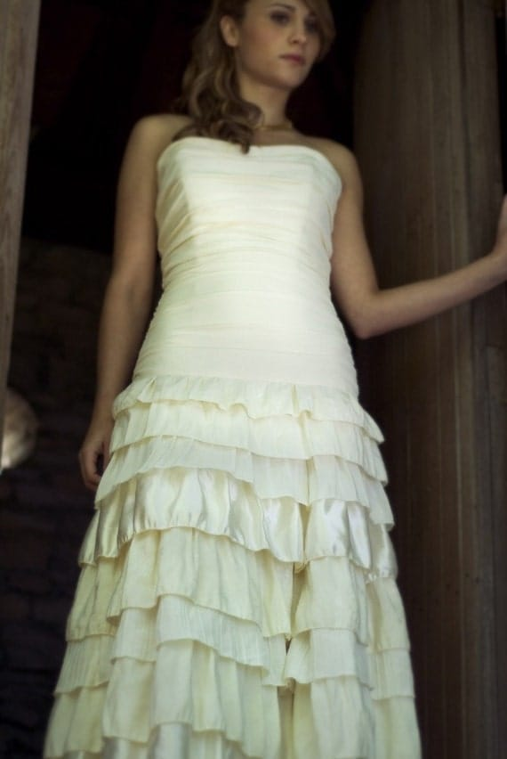 SAMPLE SALE 50% OFF - Callie - Tiered Ruffled Skirt Ruched Bodice Fit and Flare Eco Friendly Wedding Dress - Ivory Hemp Silk