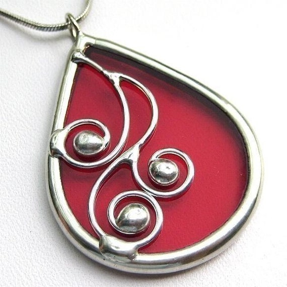 Spirals - teardrop stained glass pendant (1044)