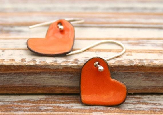 Hearts persimmon enamel earrings