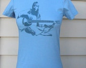 Blue on Blue Folk Singer T-Shirt - Women's LARGE