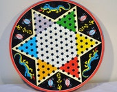 Vintage CHINESE CHECKERS BOARD / Decorative Rose Art Tin / Made in Japan