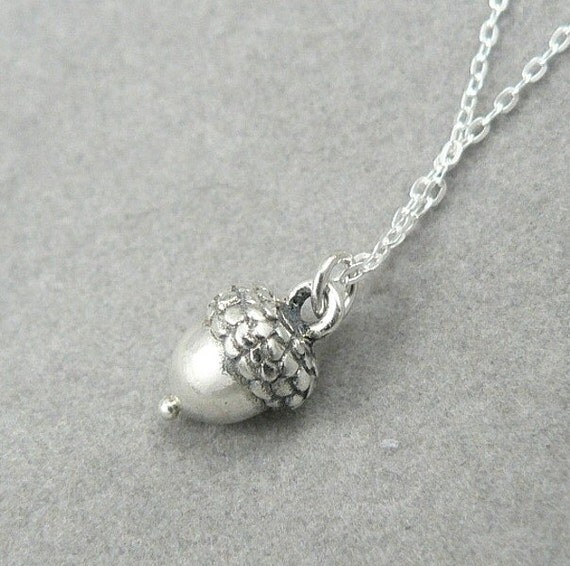 Acorn solid sterling silver tiny charm pendant necklace