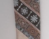 Tie Bracelet adjustable