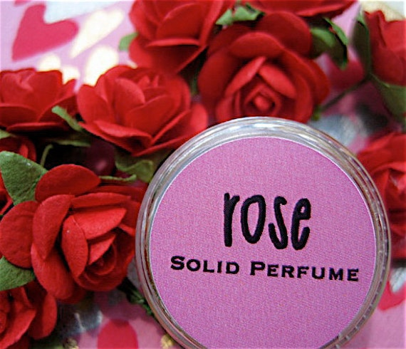 how to make perfume from rose petals