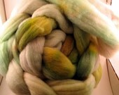 SALESALESALE Black Cat Handspun 4 oz soft domestic wool roving Weeds