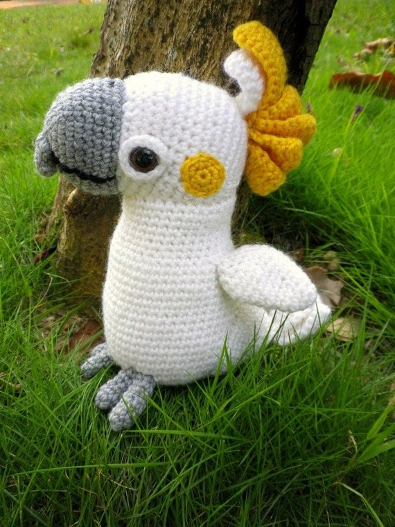 Dante the Cockatoo Amigurumi