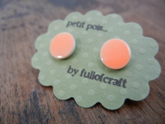 Petit Pois Earrings in Peach