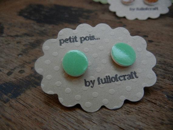 Petit Pois Earrings in Shamrock Green