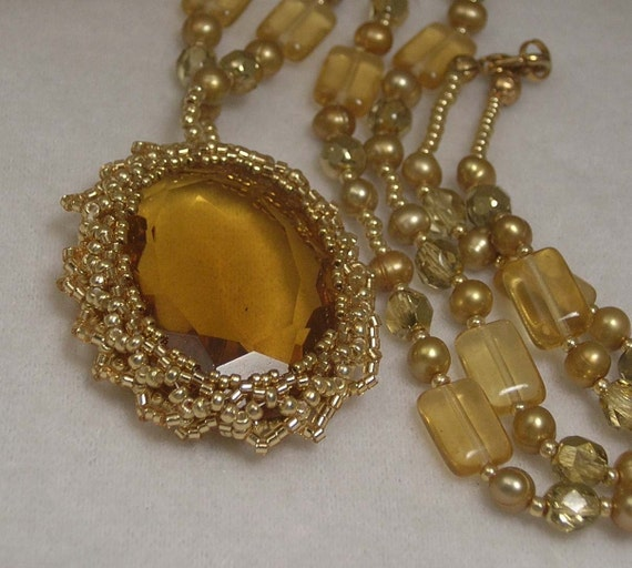 Bead Framed Golden Czechoslovakian Crystal Cabochon Necklace